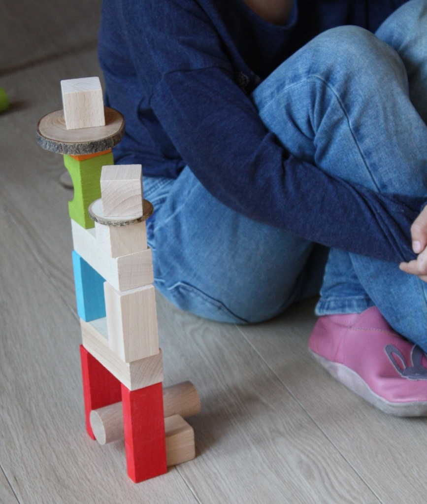élements naturels,construction,blocs bois